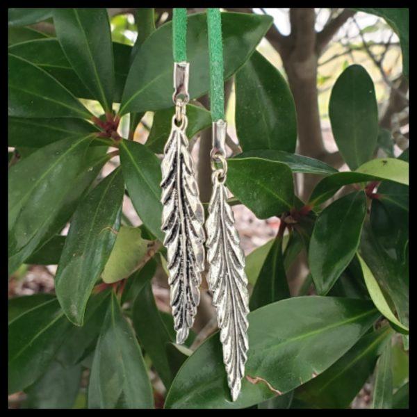 Leaf Lariat 1
