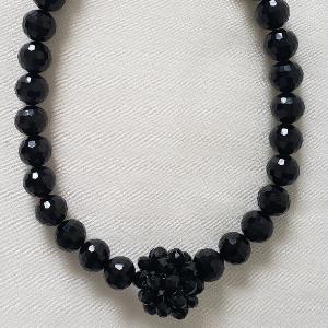 YuLonda Necklace 1